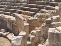 В Мире реконструируют античный театр