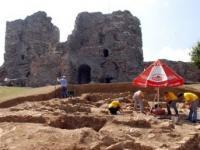 Завершаются археологические раскопки в крепости Йорос (Стамбул)