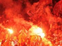 На футбольных матчах в Турции запрещены политические лозунги