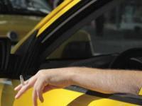 В Турции будут штрафовать водителей, курящих за рулем