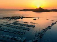 Пристань для яхты увеличивает стоимость прибрежного жилья в Турции.