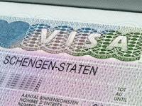 Через три года турки смогут путешествовать по странам ЕС без виз