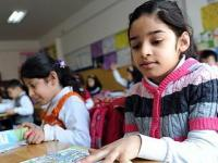 Школьники в Турции мало спят и недоедают