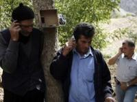 Туркам нравится разговаривать по мобильному телефону