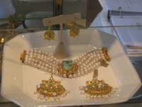 При наличии свободных денег турки покупают золото или дома