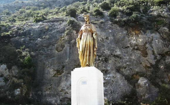 Дева Мария, скульптура - фото.