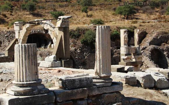 Эфес, храм Домициана.