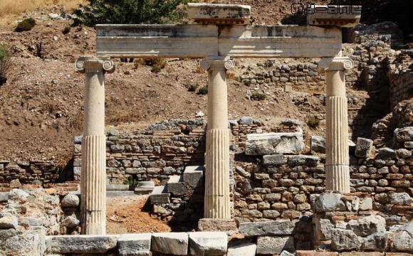 Эфес, развалины здания городской администрации.
