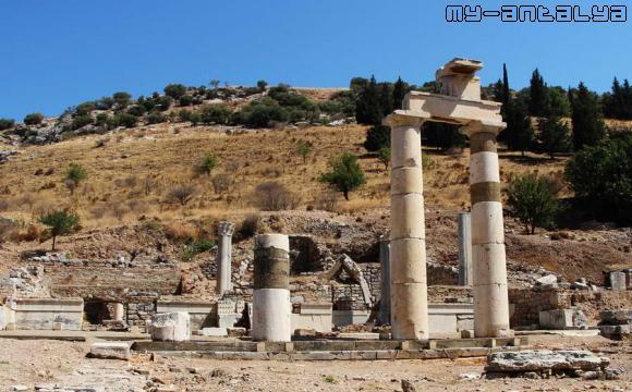 Эфес - развалины Пританиона, Турция.