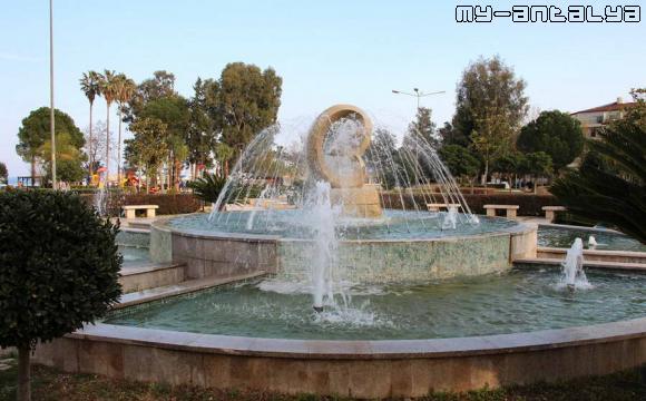 Красивый фонтан в Olbia Park?, Кемер, Турция.