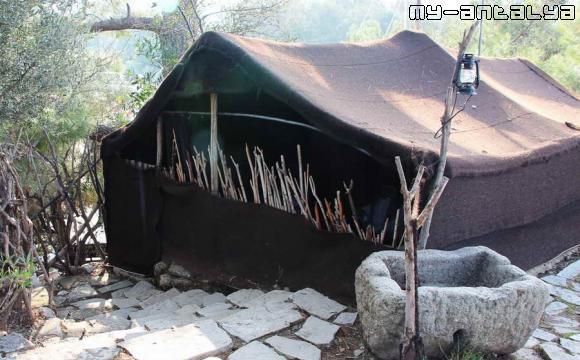 Домик кочевника, парк Йёрюк, Кемер, Турция.