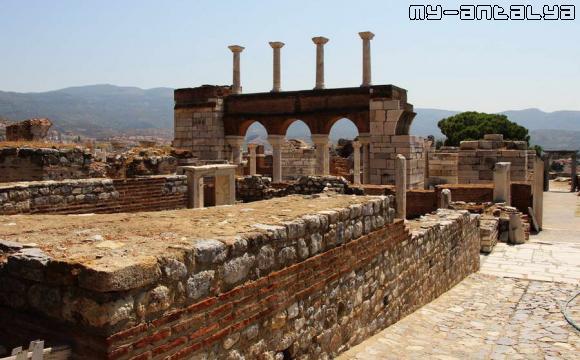 Церковь св. Иоанна, Эфес, Турция - фото.