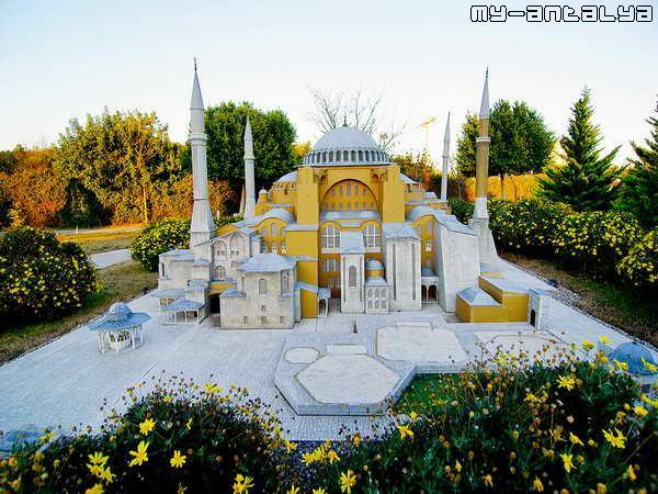 Собор Святой Софии в Стамбуле, Турция.